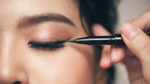Best Eyeliners for Waterline